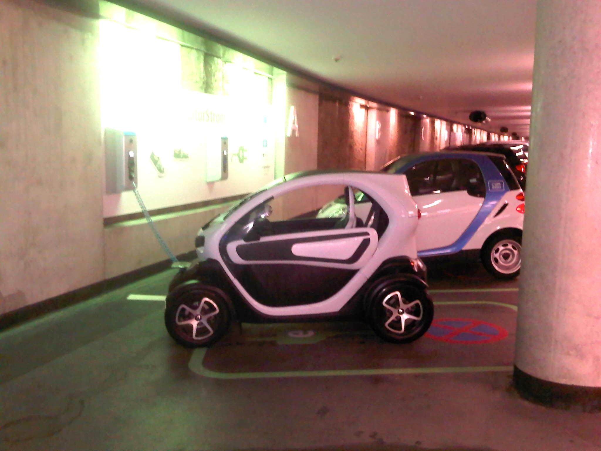 Renault Twizy das 15PS rein elektrische Wunder – erstes E-Auto 130 ...