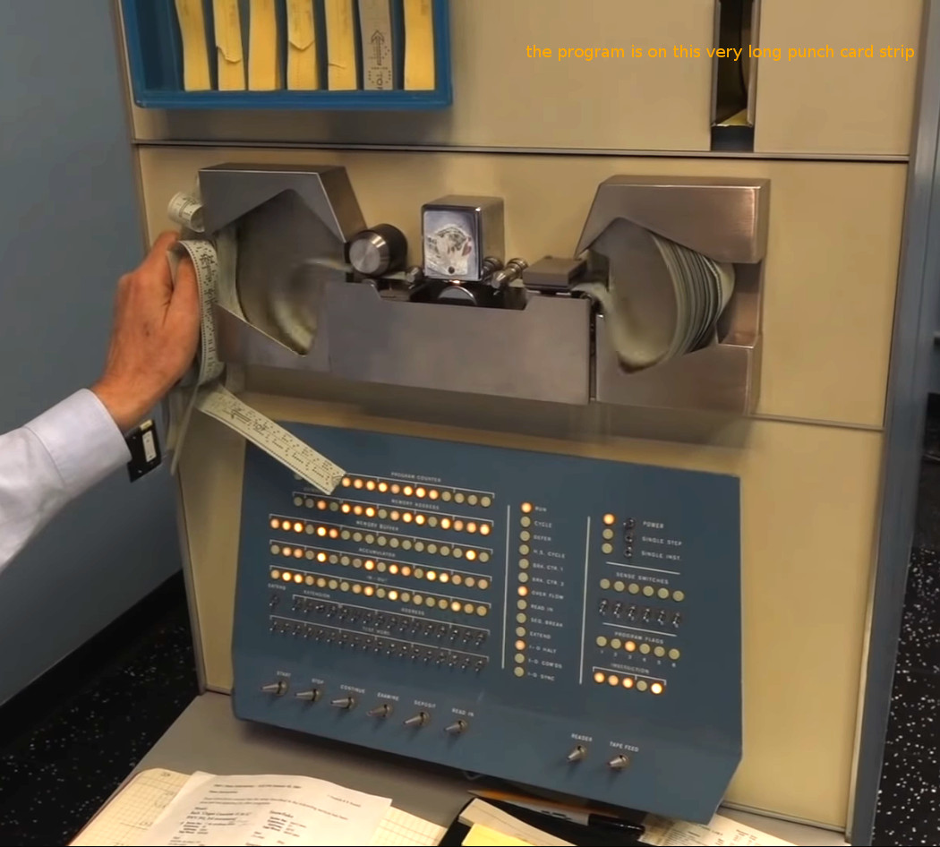 SuperRetroComputing (SRC) – probably the very first computer game – 1962 DEC's PDP-1 SpaceWar!